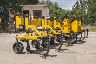 Gebrauchte Busa Reihenhackgerät mit Frontanbau