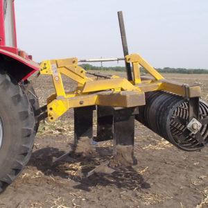talajlazító szögvas henger elmunkáló
